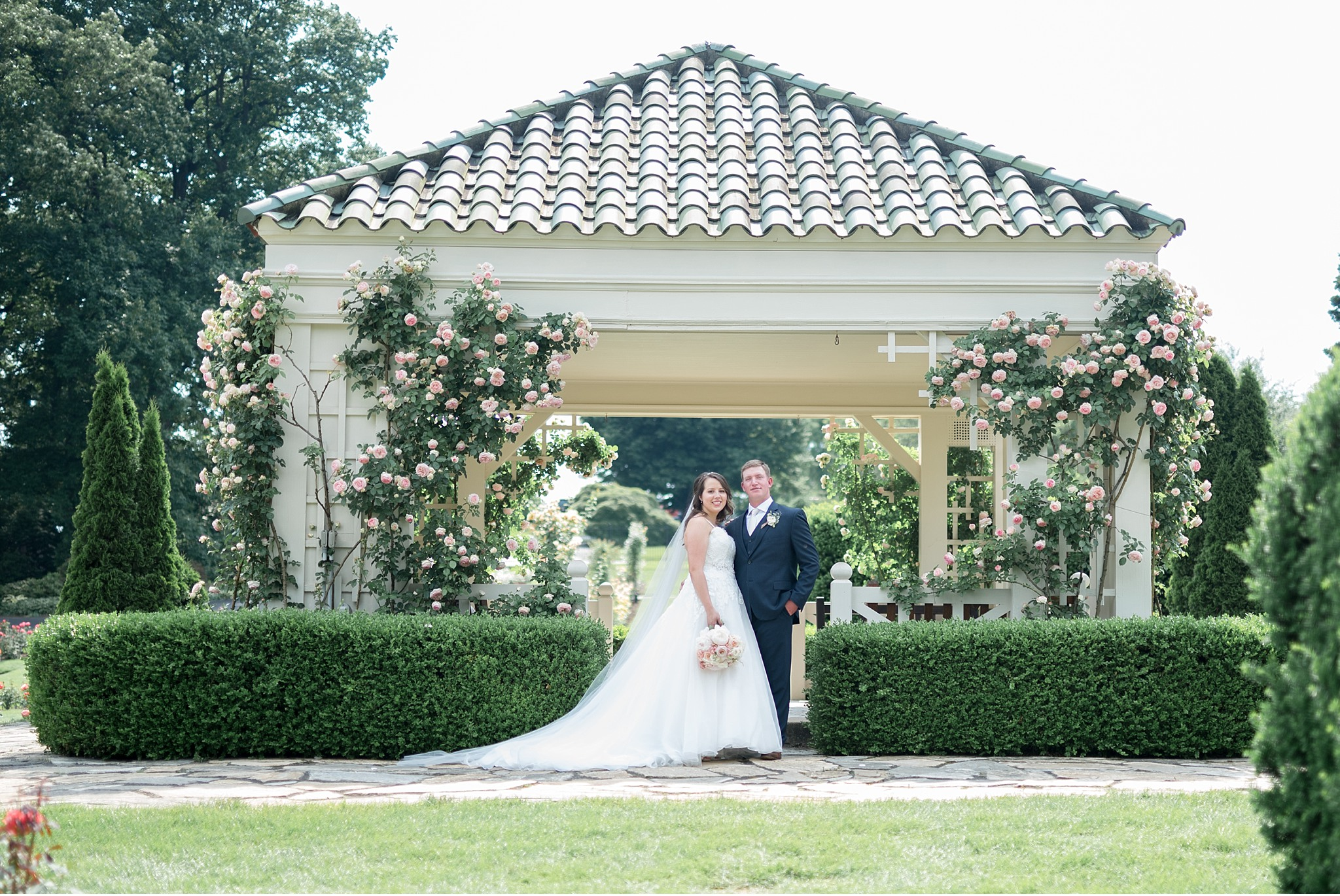 Hershey Gardens Hershey Country Club Summer beautiful wedding photography_1593.jpg