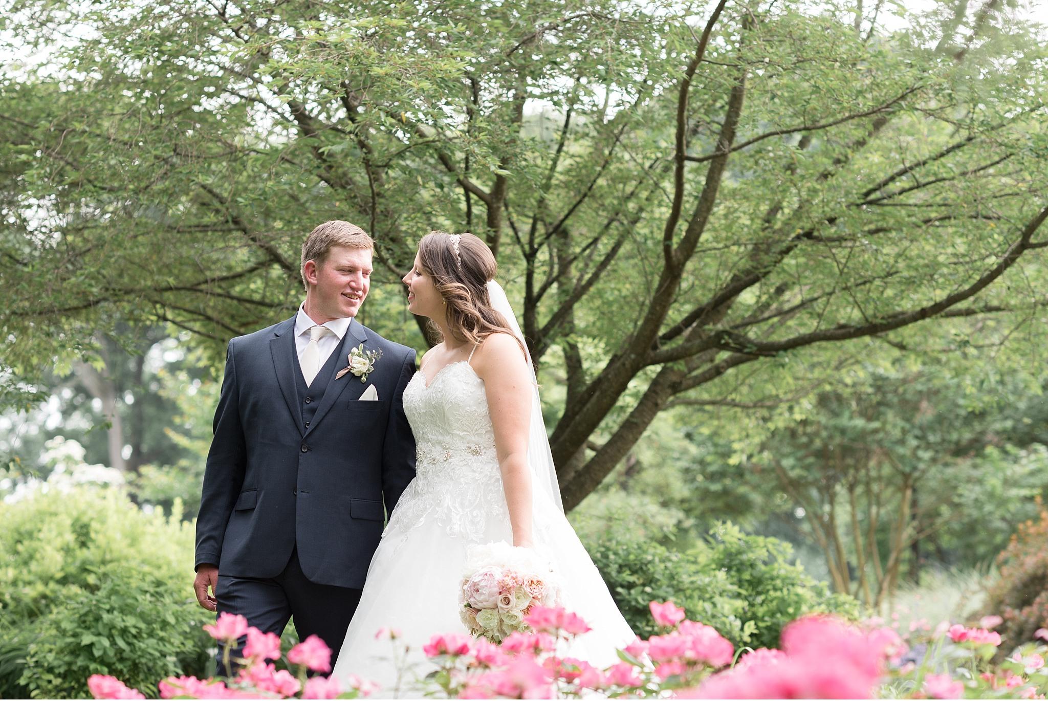 Hershey Gardens Hershey Country Club Summer beautiful wedding photography_1602.jpg