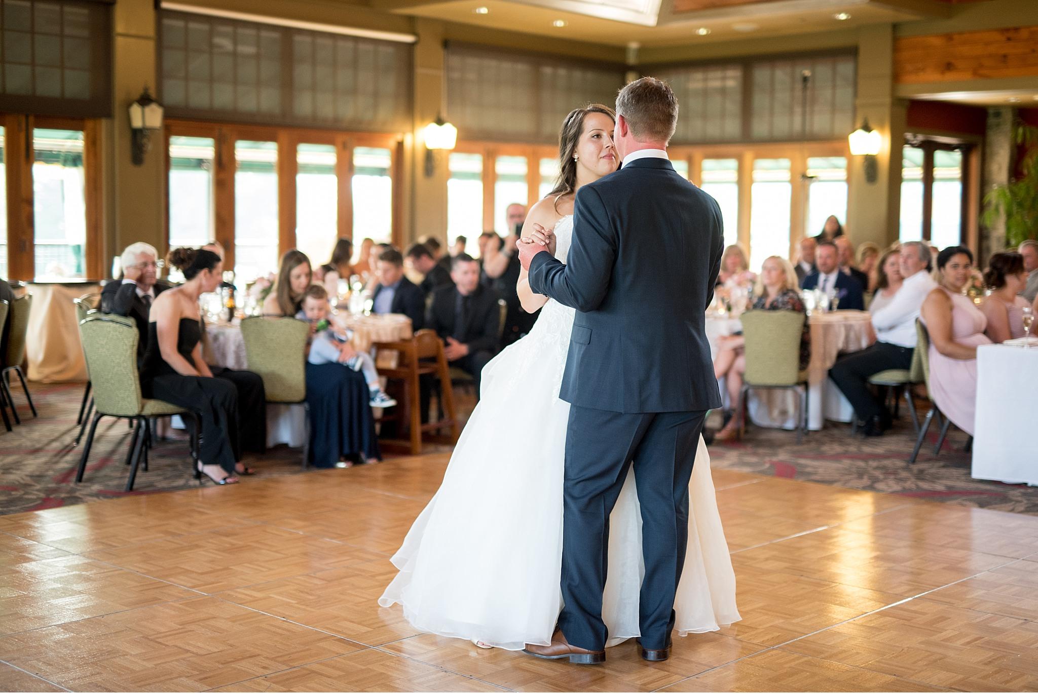 Bride and groom first dance Hershey Gardens Hershey Country Club Summer beautiful wedding photography_1618.jpg