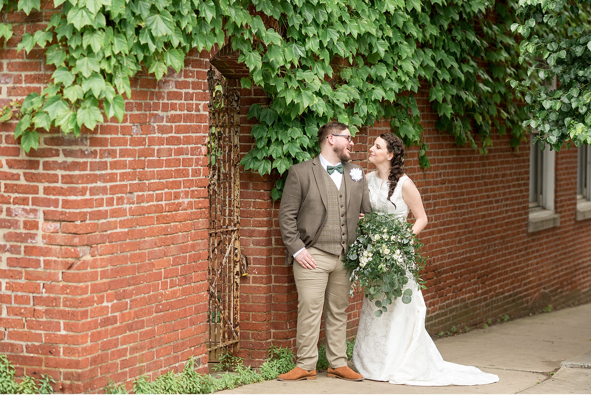 Commonwealth on Queen Lancaster City Wedding Photography_3443.jpg