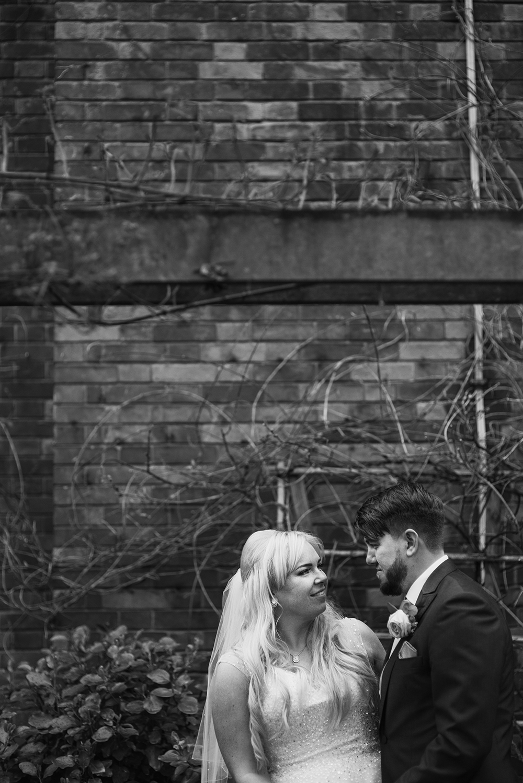 Olivia&Carl.Wedding11.JPG