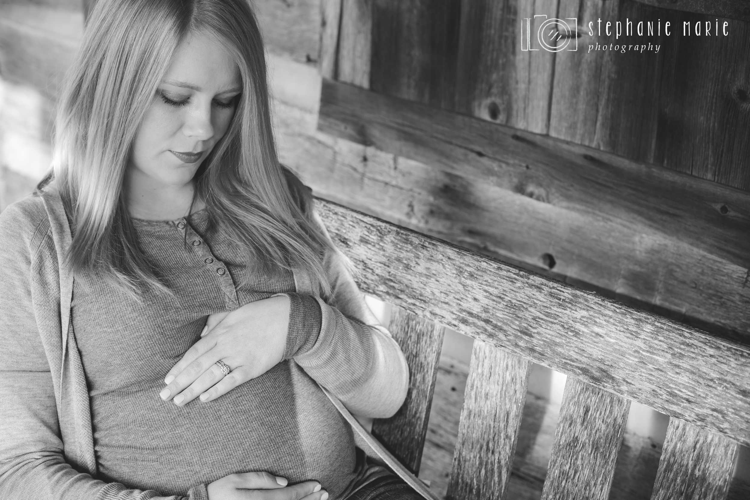 Carly's Maternity Session-5.jpg