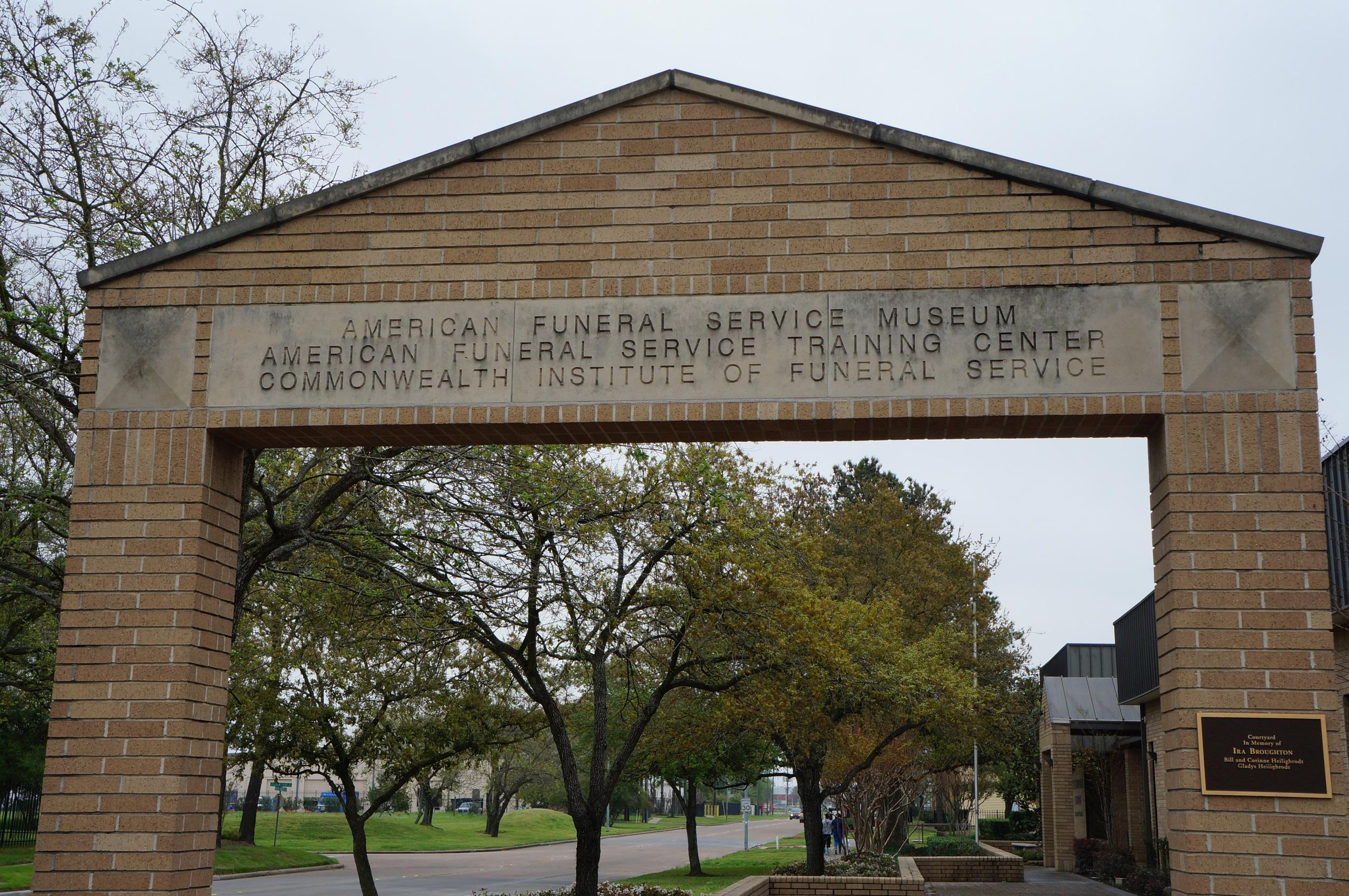 Museum entrance. (photo: L. Pyne)