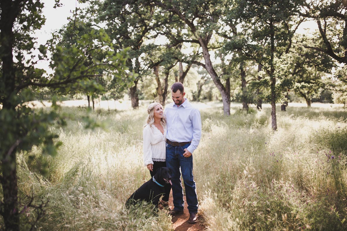 chico_ca_engagement_photos_AVH_Photography_upper_park_wedding_phphotographer_0004.jpg