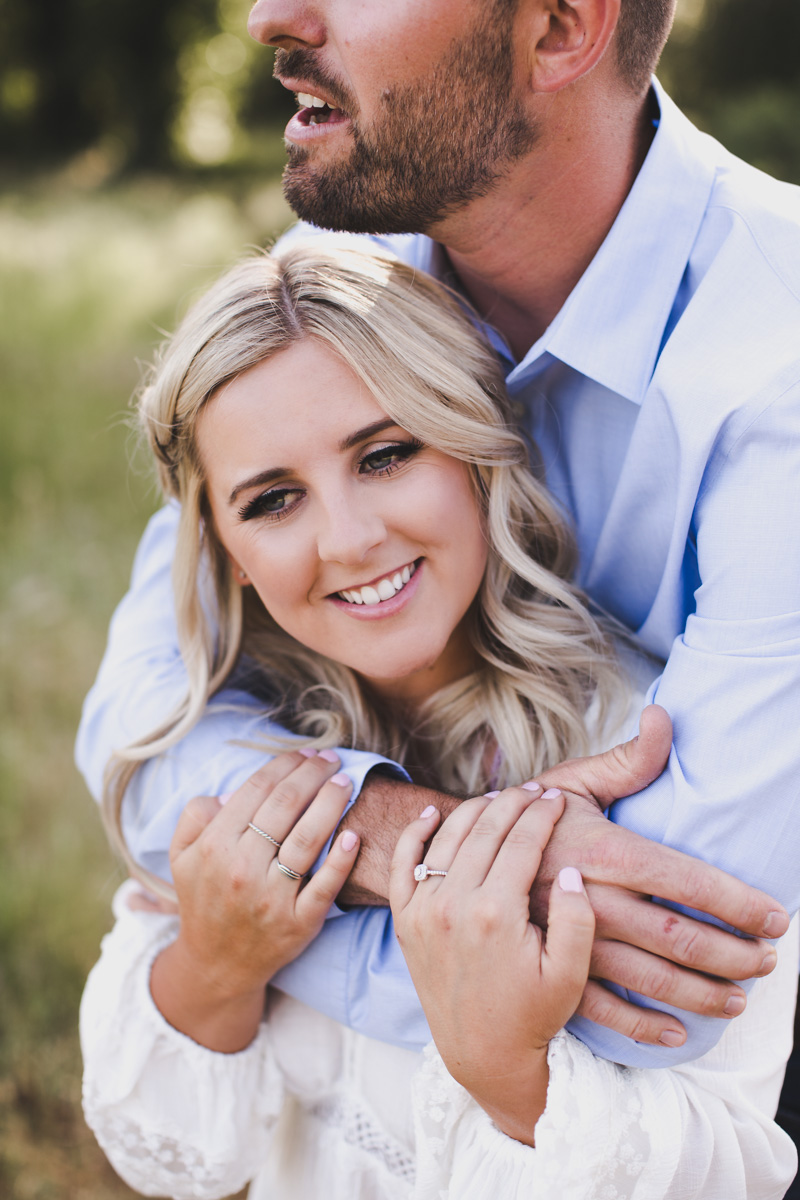 chico_ca_engagement_photos_AVH_Photography_upper_park_wedding_phphotographer_0003.jpg
