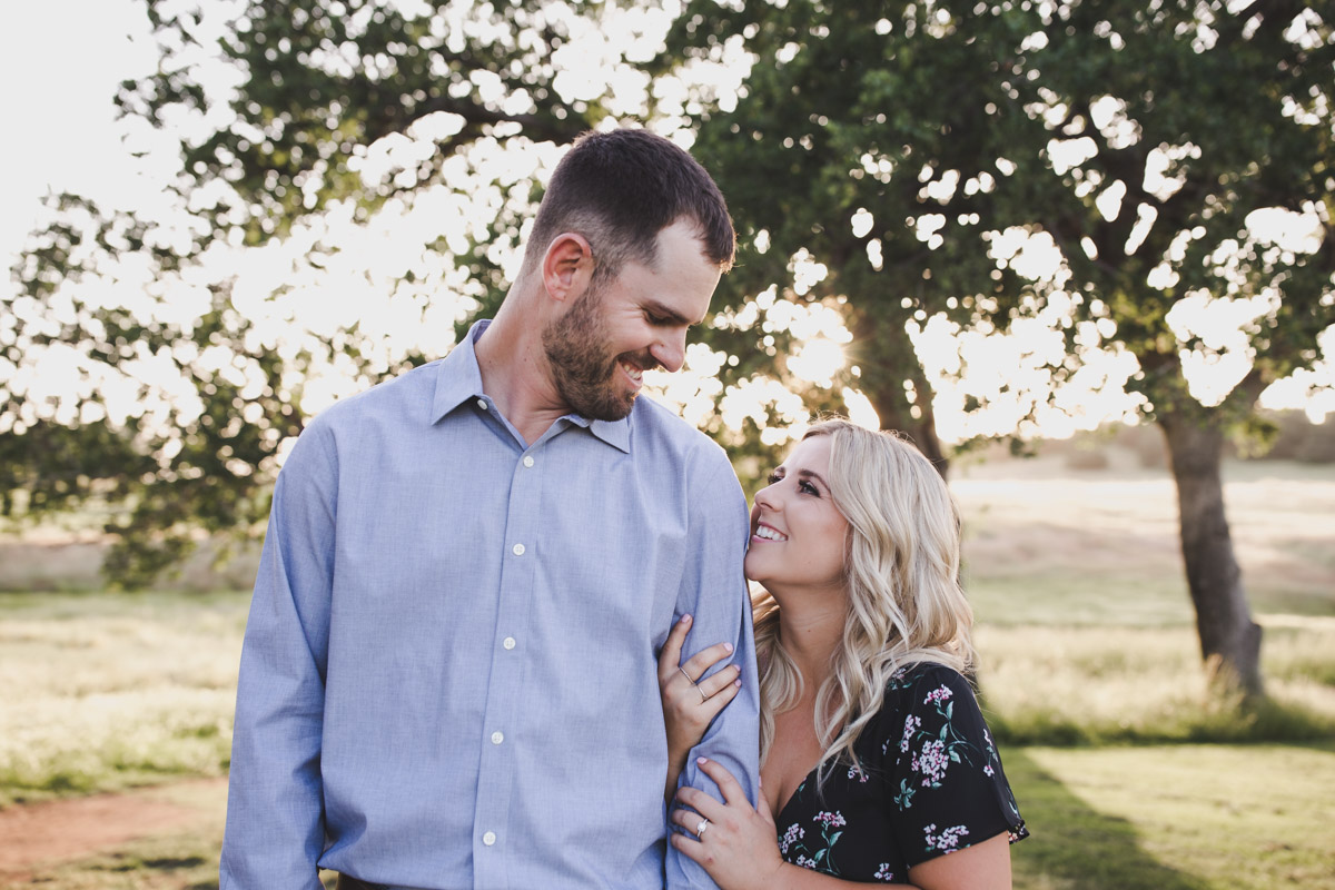 chico_ca_engagement_photos_AVH_Photography_upper_park_wedding_phphotographer_0027.jpg