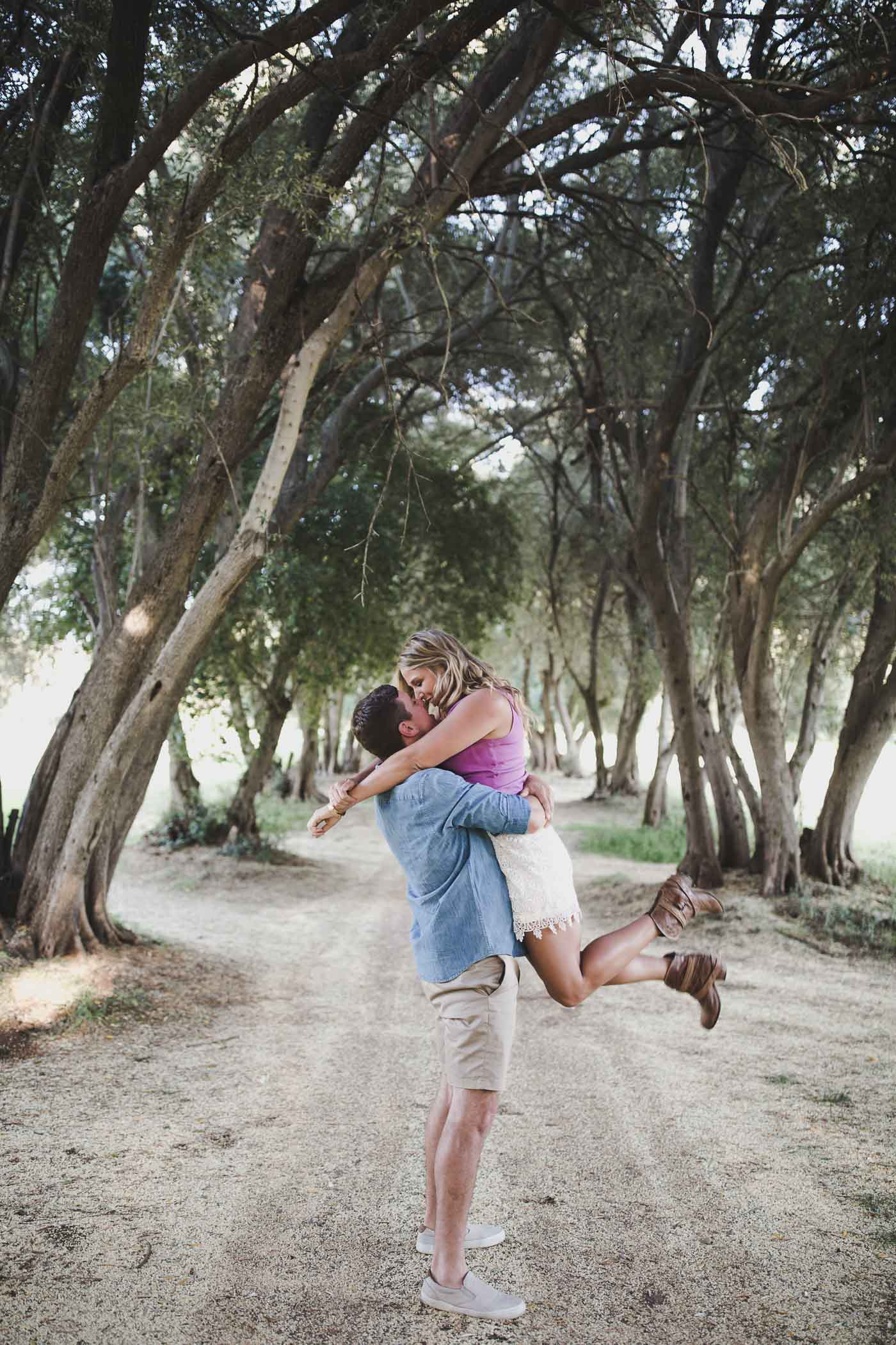 AVH_Photography_upper_bidwell_park_engagement_photography_chico_california_spring_bidwell_golf_course_0013.jpg