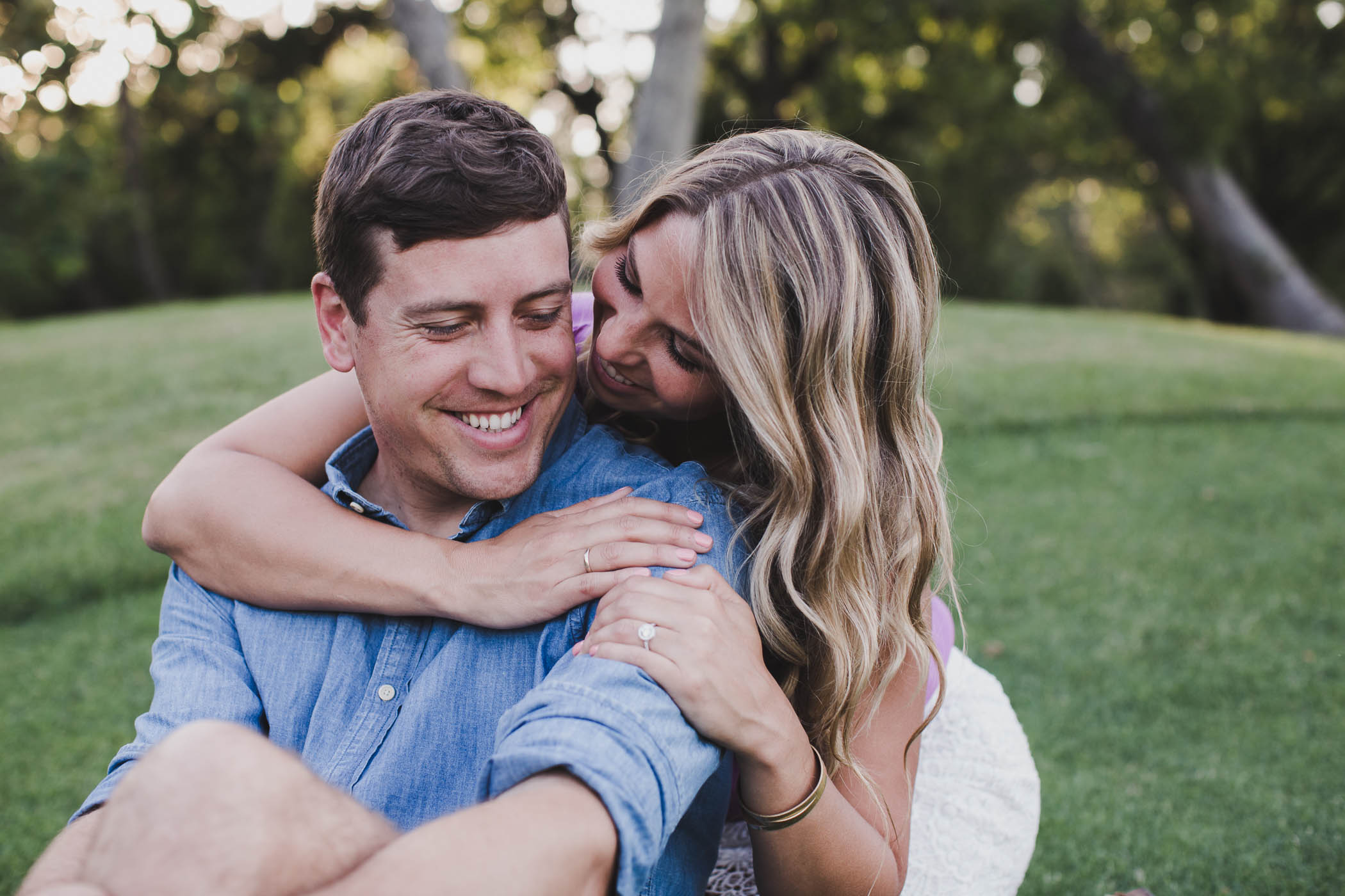 AVH_Photography_upper_bidwell_park_engagement_photography_chico_california_spring_bidwell_golf_course_0025.jpg