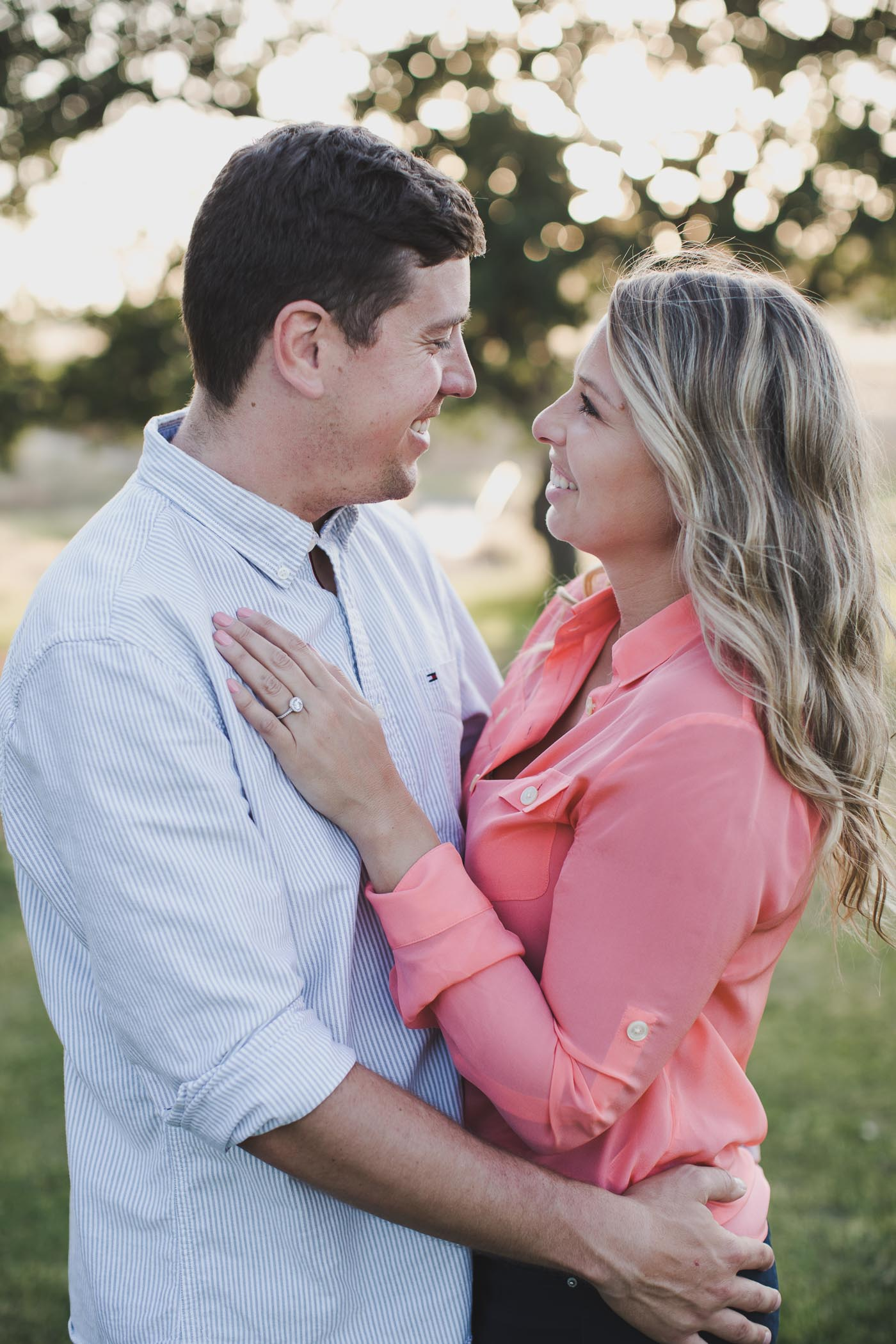 AVH_Photography_upper_bidwell_park_engagement_photography_chico_california_spring_bidwell_golf_course_0027.jpg