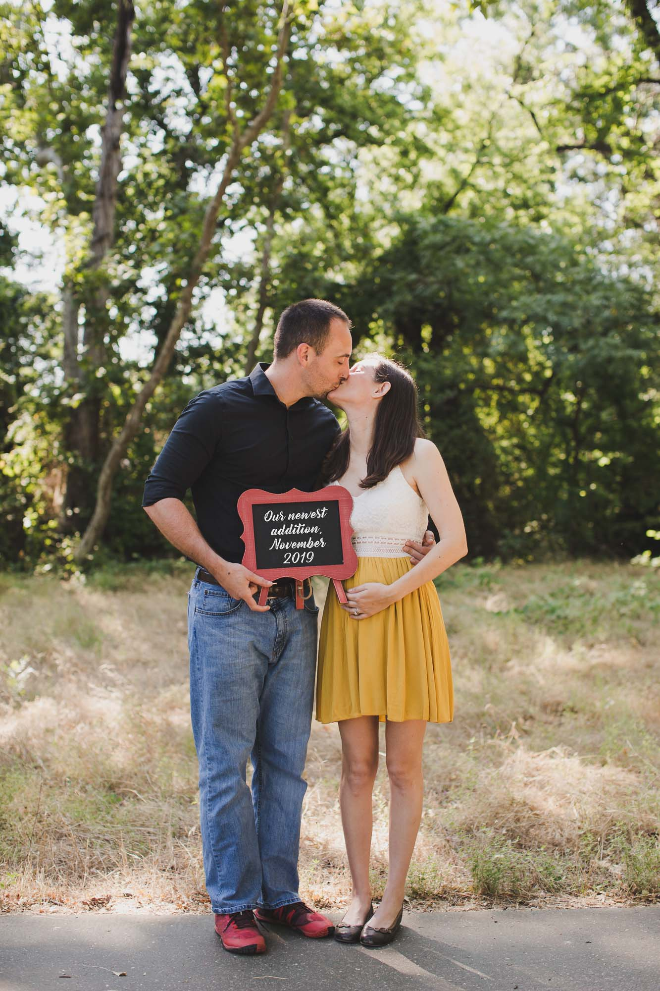 Chico_photographer_AVH_Photography_maternity_photos_family_photography_00007.jpg