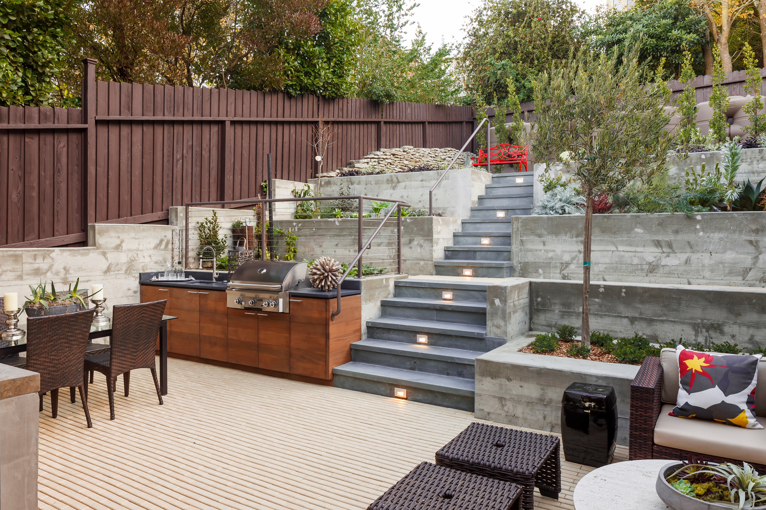 Back_Yard_Patio_4796.jpg