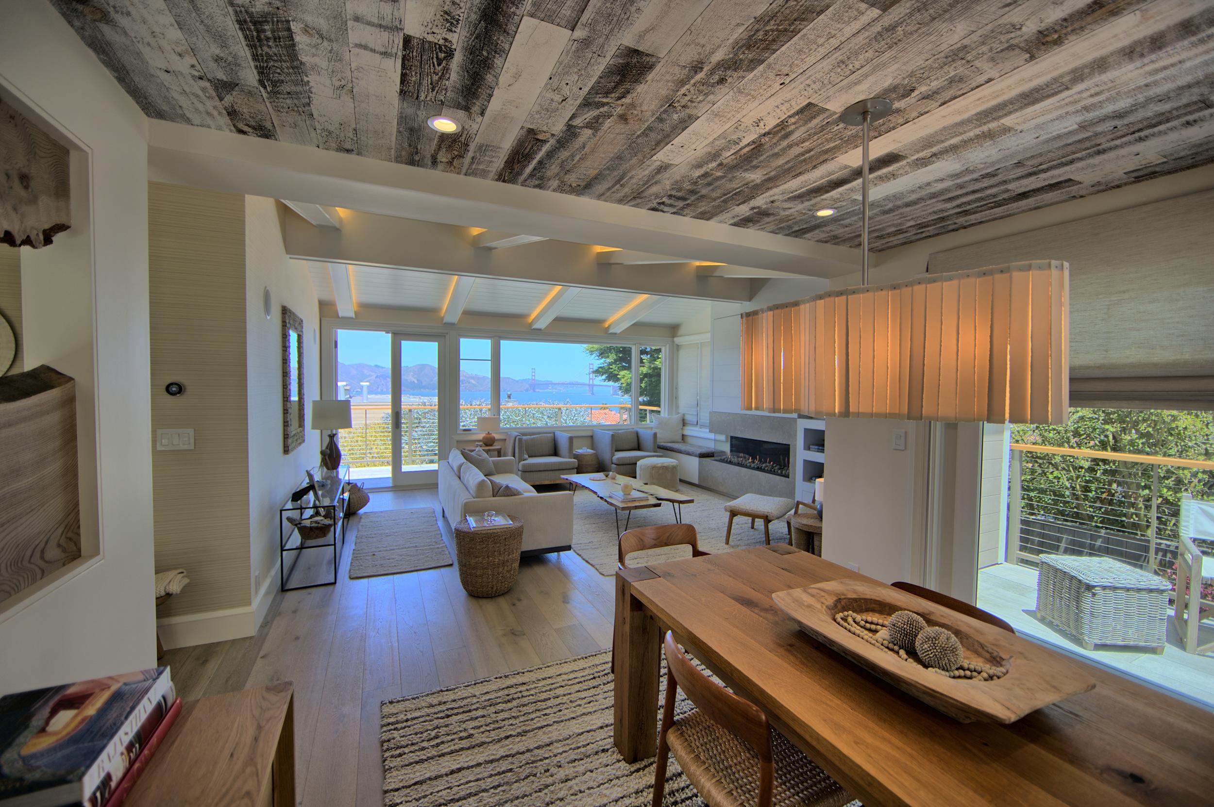 SEAVIEW BEACH HOUSE