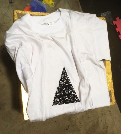 - Christmas Tree$15.00Contact: Joel@joelgailer.com.au