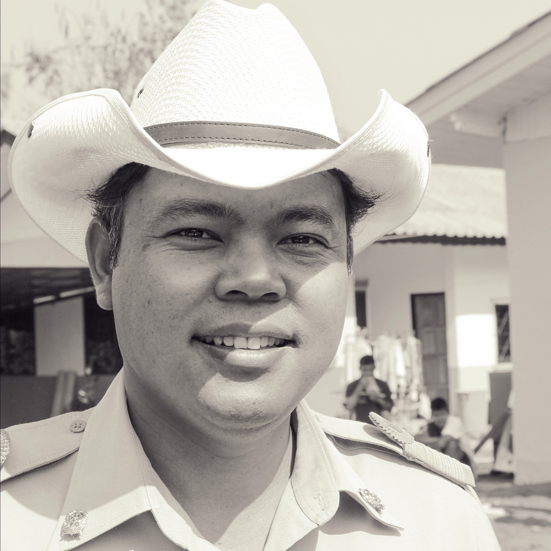 Portrait asian cowboy.jpg