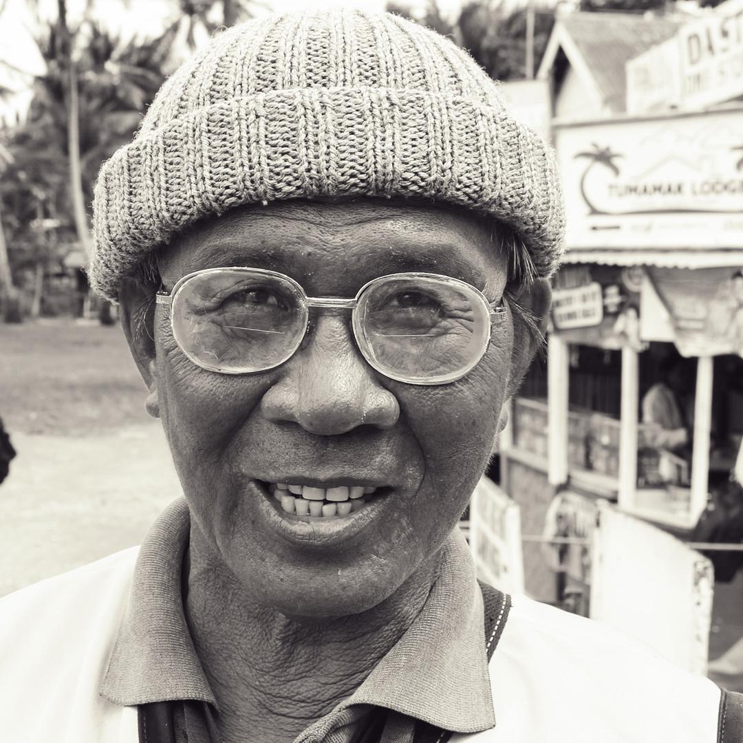 portrait philippines man.jpg