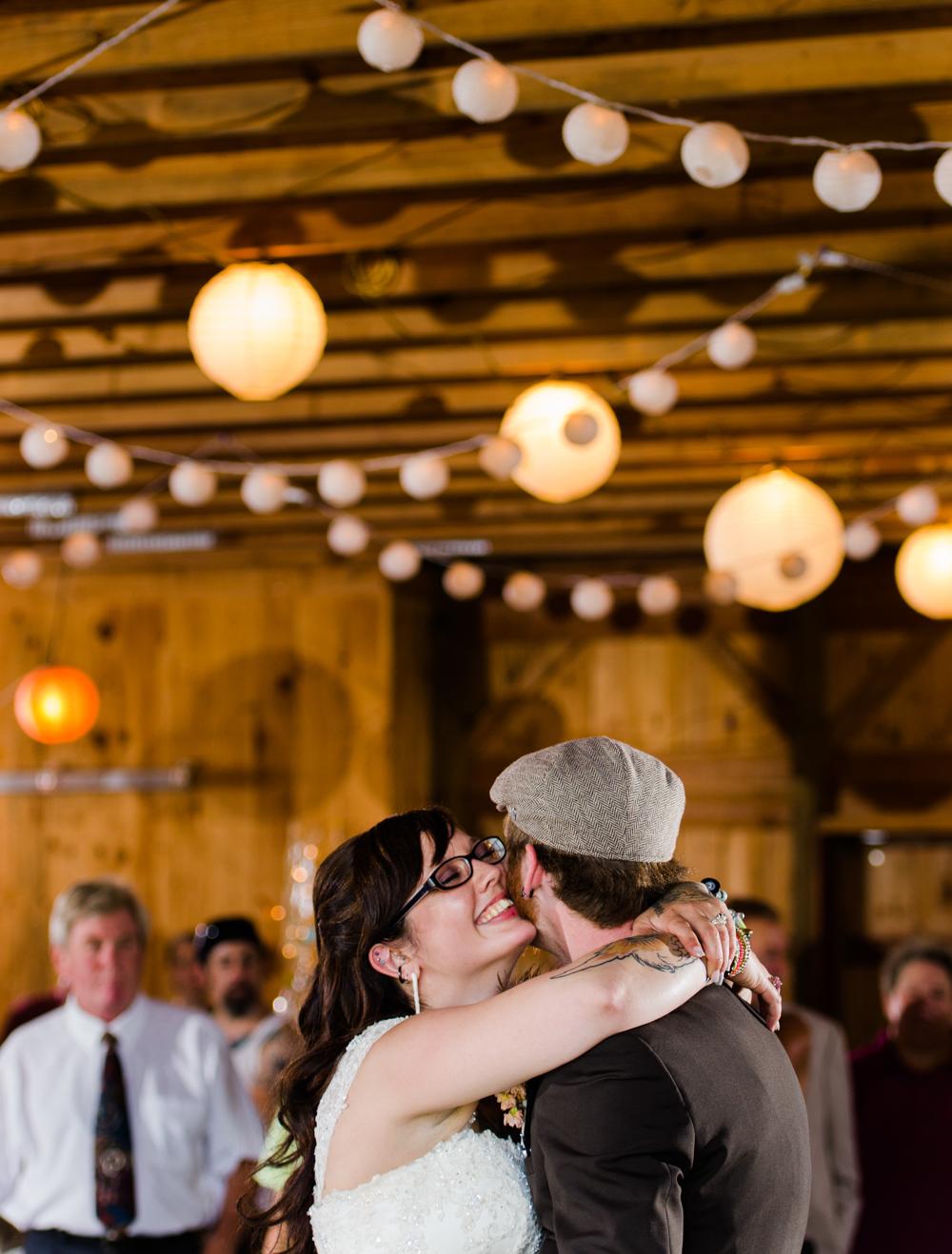 litchfield-connecticut-wedding-photography-jess-red-20.jpg