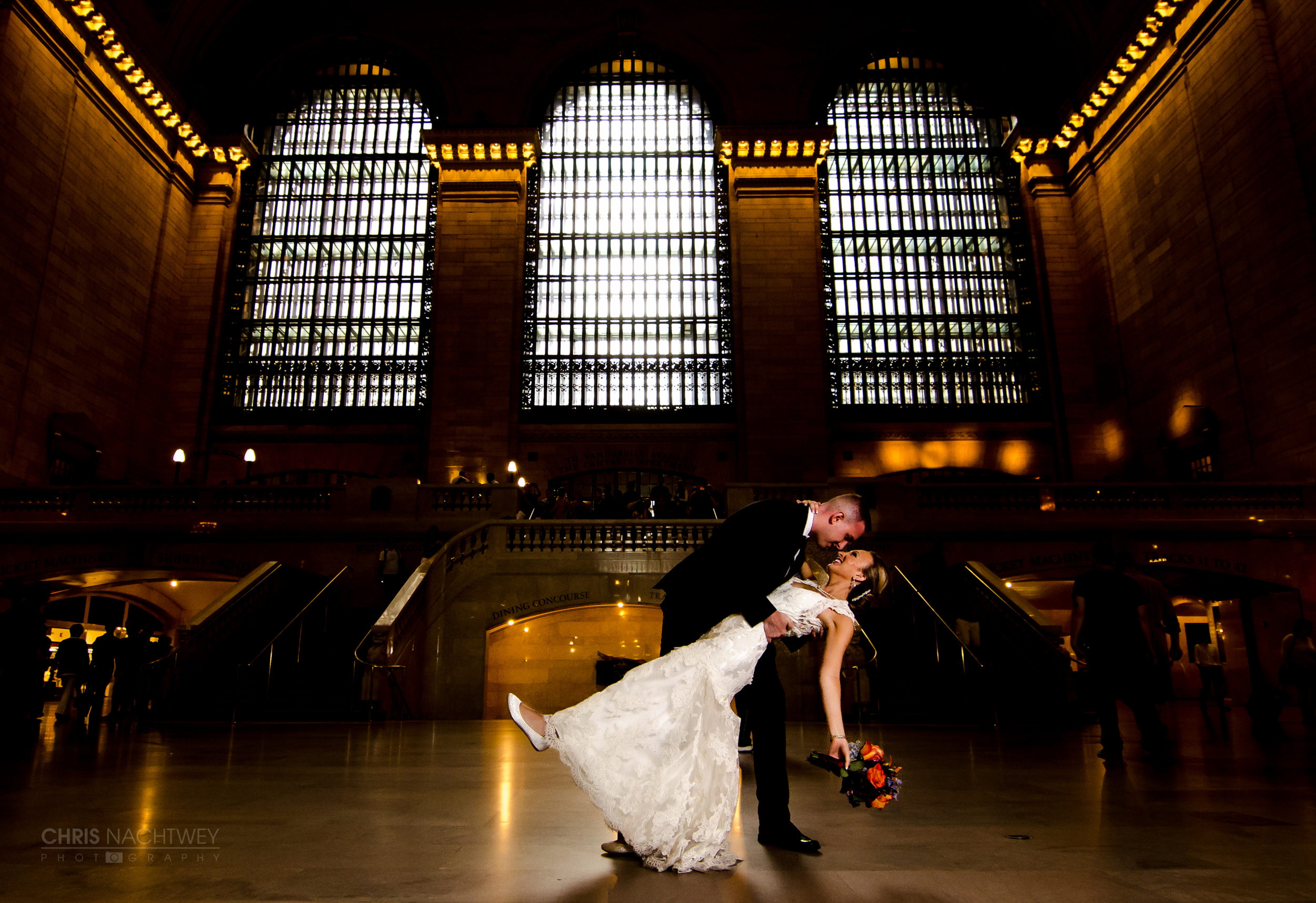 grand-central-station-wedding-photos-new-york-chris-nachtwey.jpg