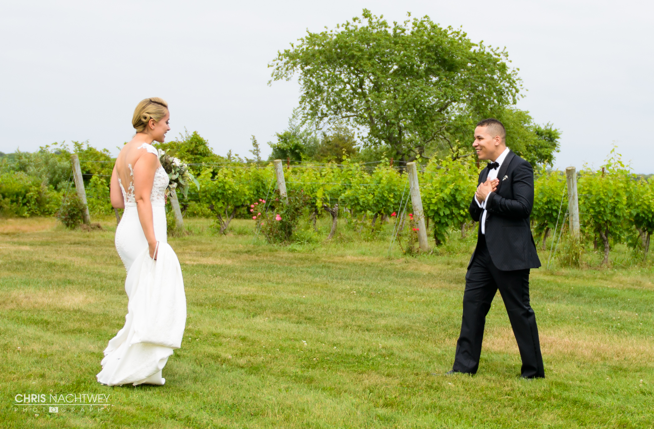 wedding-saltwater-farm-vineyard-photos-stonington-ct-chris-nachtwey-photography-2016-ana-austin-14.jpg