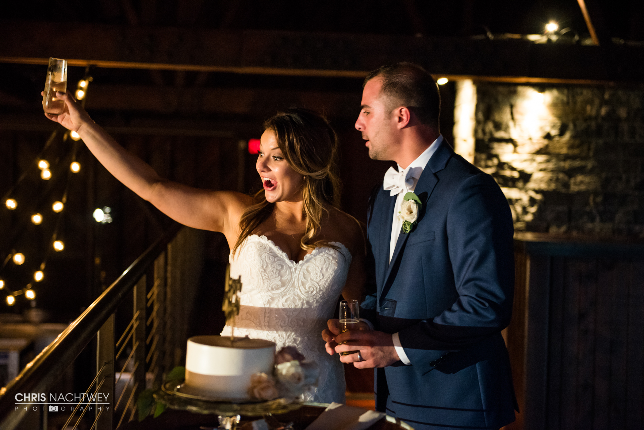 saltwater-farm-vineyard-wedding-photos-lindsay-gabe-chris-nachtwey-photography-2017-53.jpg