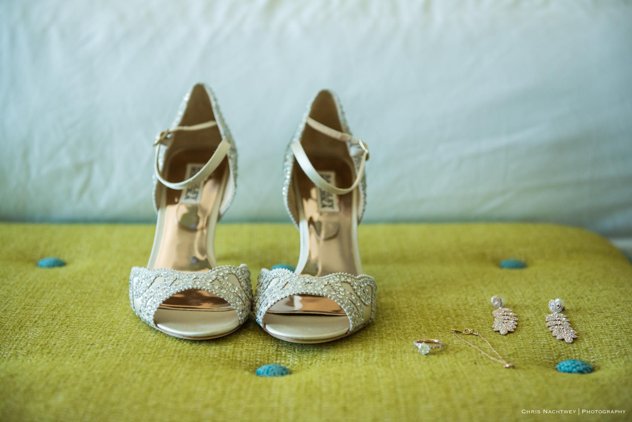 lauren-shaun-the-towers-ri-wedding-chris-nachtwey-photography-2017-7.jpg