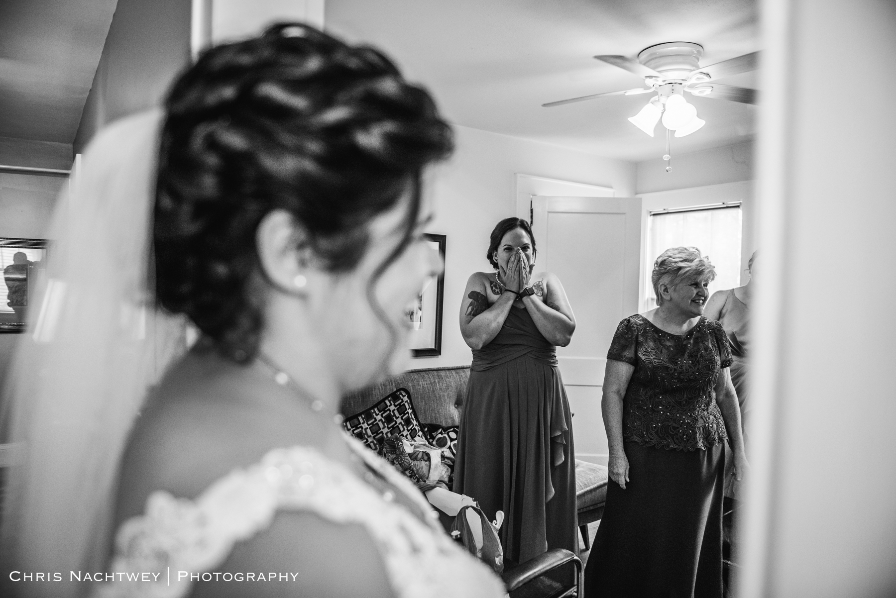 photos-wedding-lighthouse-point-park-carousel-new-haven-chris-nachtwey-photography-2019-7.jpg