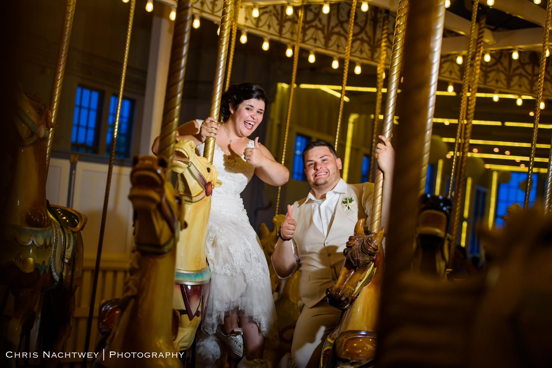 photos-wedding-lighthouse-point-park-carousel-new-haven-chris-nachtwey-photography-2019-57.jpg