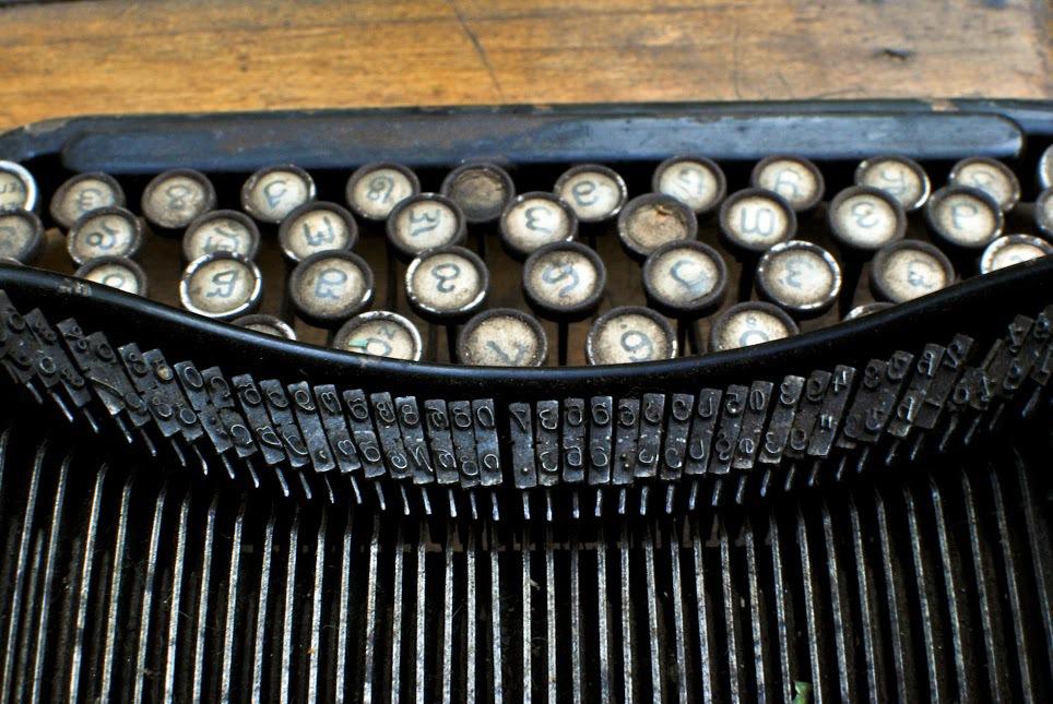 georgian typewriter.jpg