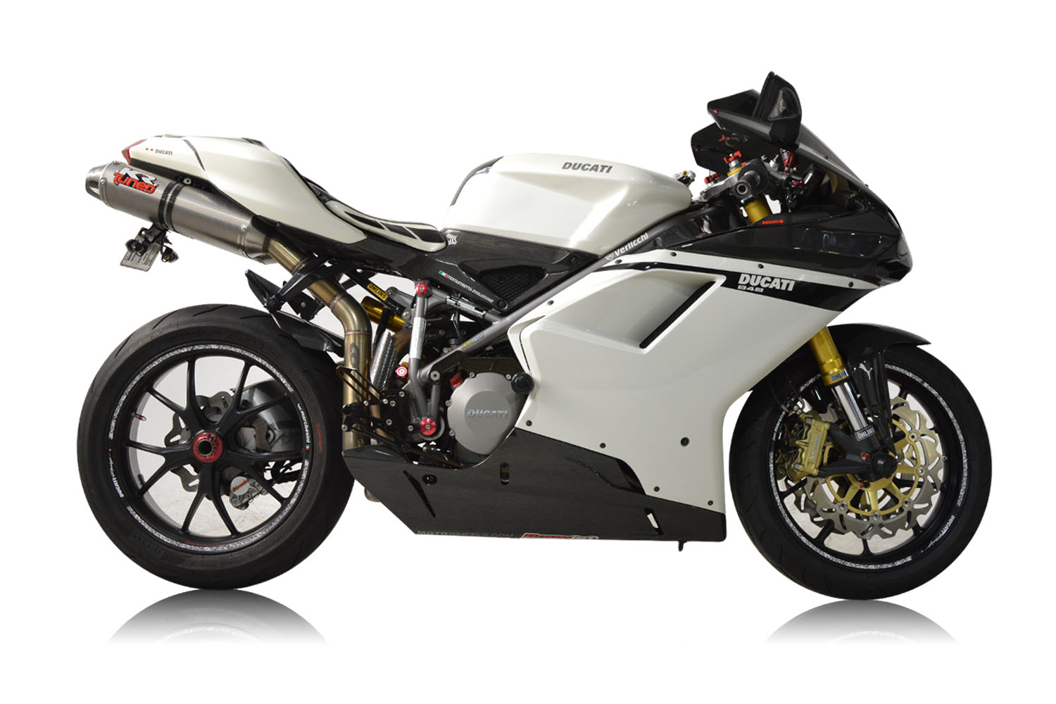 2007 Ducati 848_0040_Background.jpg