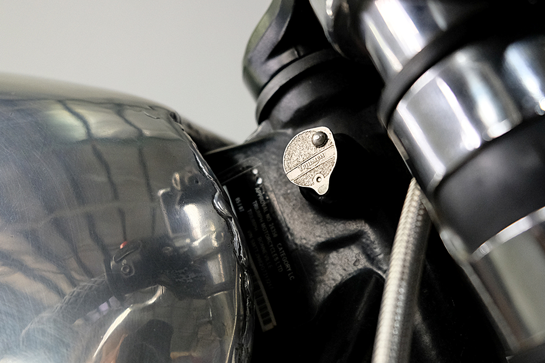 2007 Triumph T100 CafeRacer_0014_DSCF2243.jpg