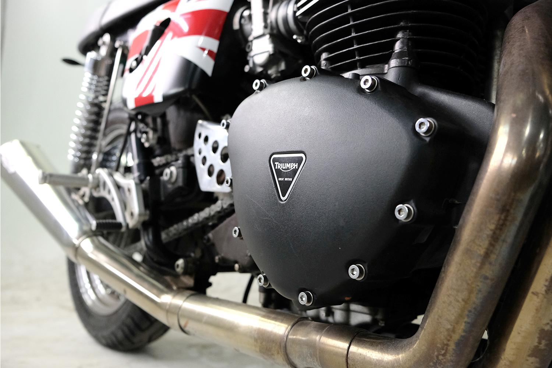 2007 Triumph T100 CafeRacer_0015_DSCF2242.jpg