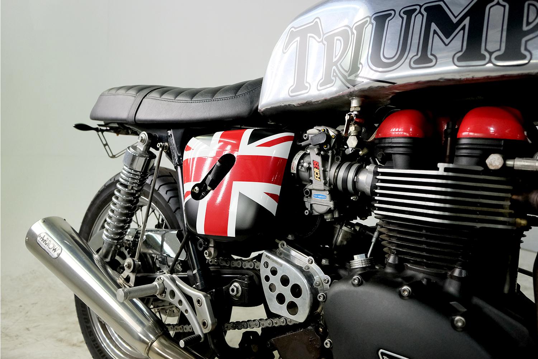 2007 Triumph T100 CafeRacer_0018_DSCF2237.jpg