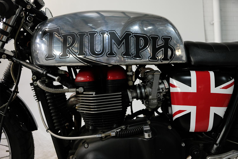 2007 Triumph T100 CafeRacer_0035_DSCF2215.jpg