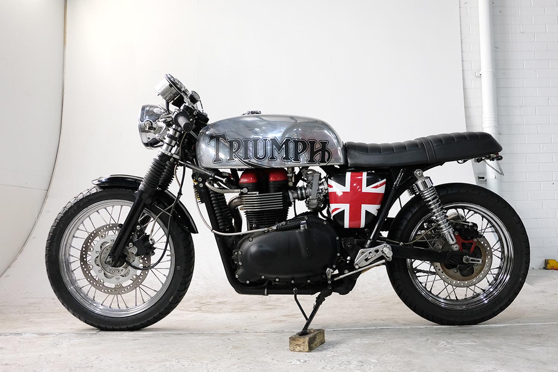 2007 Triumph T100 CafeRacer_0036_DSCF2214.jpg