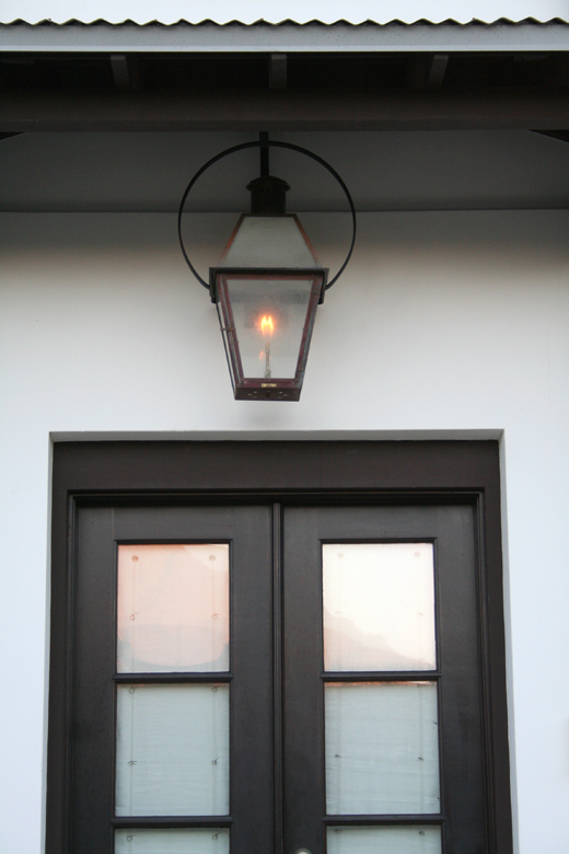 :: I'm such a huge fan of  Bevolo lights  ::