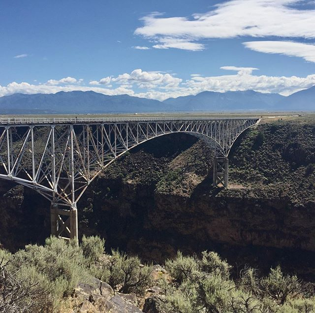 The Rio Grande Gorge Bridge was a little 'woah' as I drove over it. Don't look down too fast or you'll get dizzy 🥴 Wish the photos showed the depth of this.