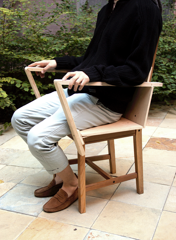 arm-chair_-mock-up_stage-1_sit.png