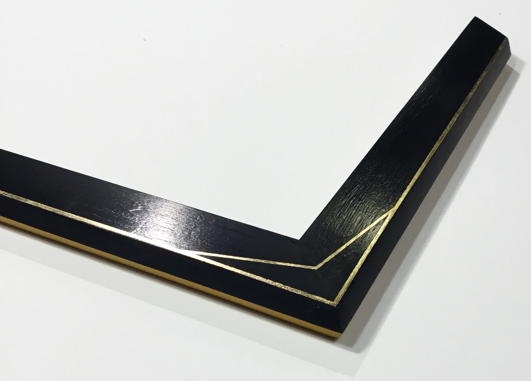 """ALBUS  A1 1.5"""" antique black with gold leaf pin stripe"""