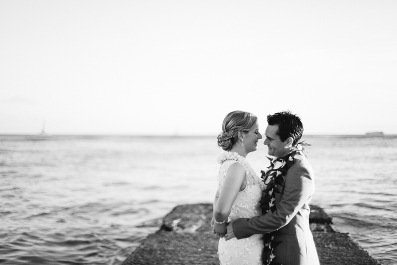 kate-adam-halekulani-hawaii-wedding-photographer-021.jpg