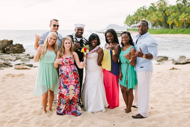 ciara-mack-secret-beach-oahu-intimate-wedding-09.jpg