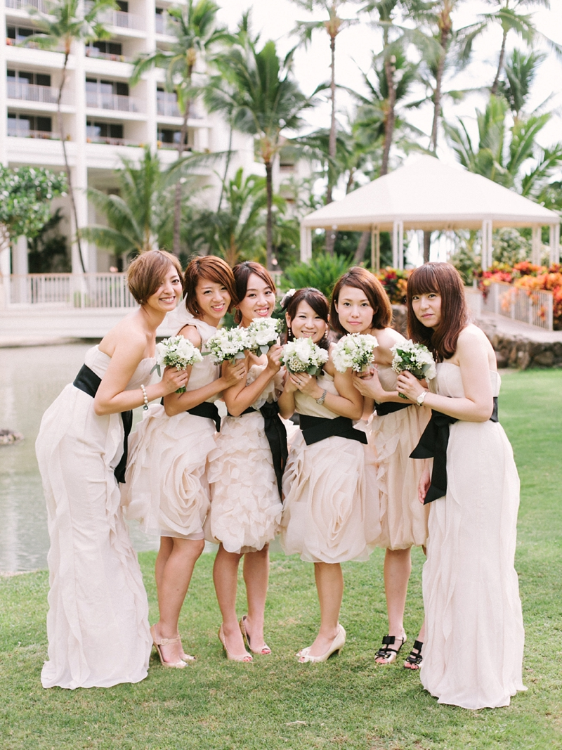 stylish-lanikuhonua-wedding-013.jpg