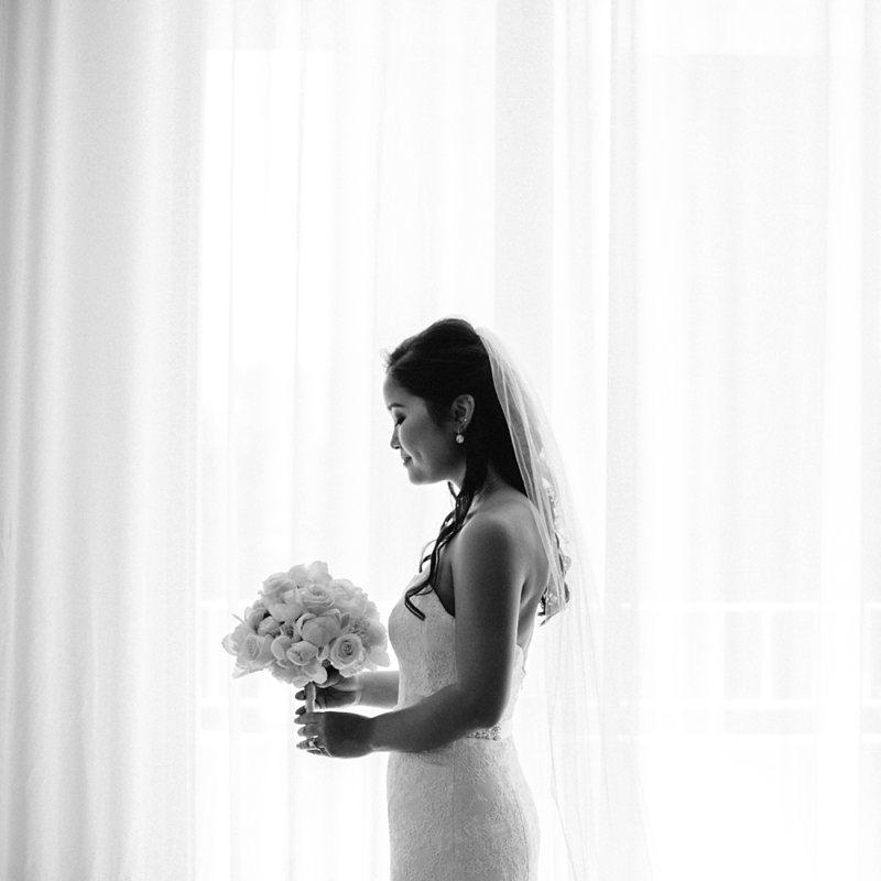 tim-shaina-wedding-the-modern-hawaii-021.jpg