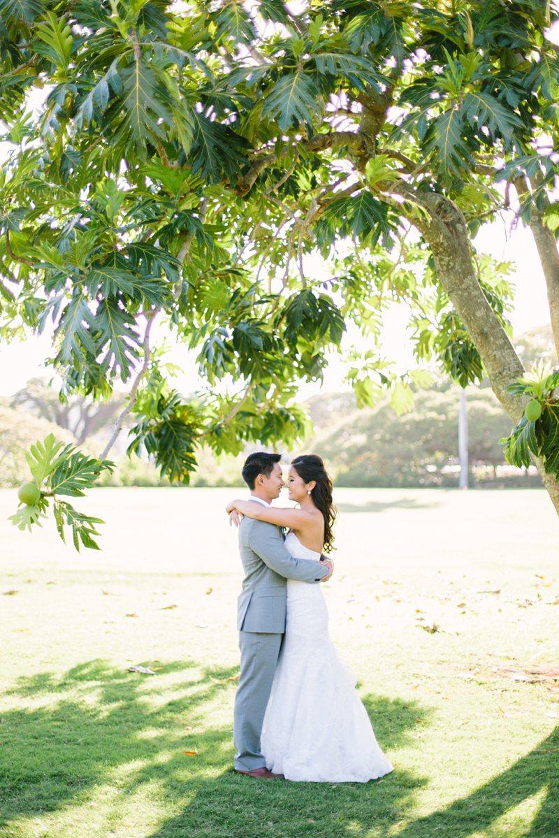 tim-shaina-wedding-the-modern-hawaii-047.jpg
