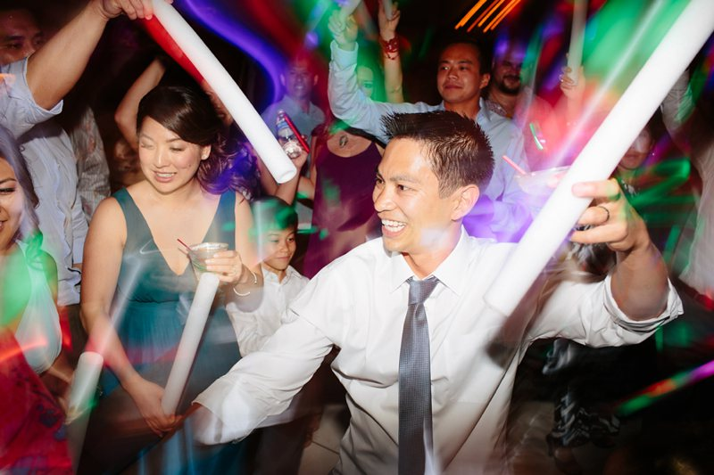 tim-shaina-wedding-the-modern-hawaii-075.jpg