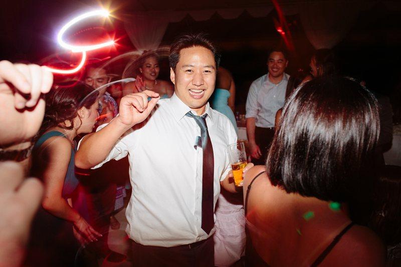 tim-shaina-wedding-the-modern-hawaii-074.jpg