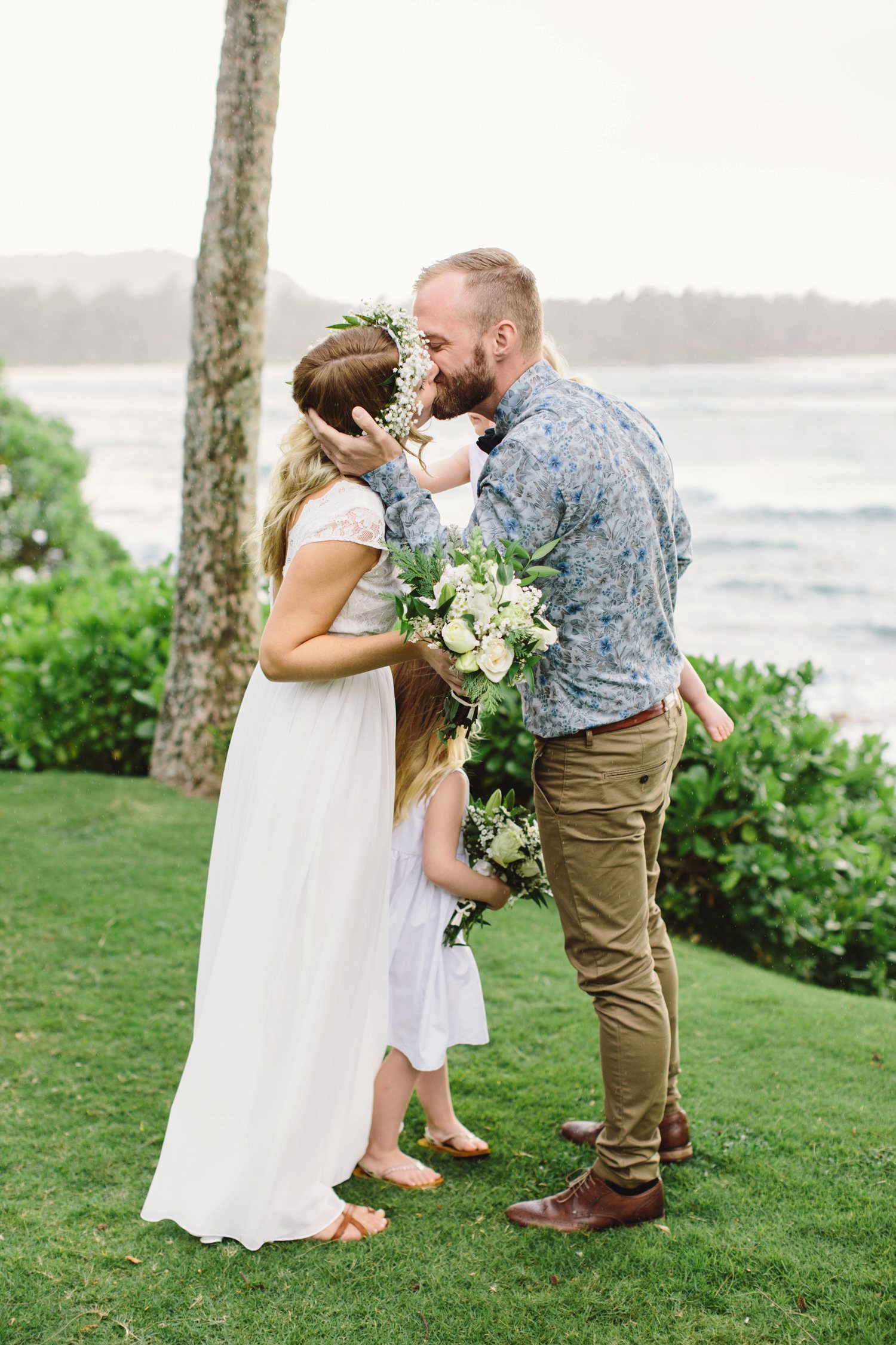 annika-pele-hawaii-elopement-007.jpg