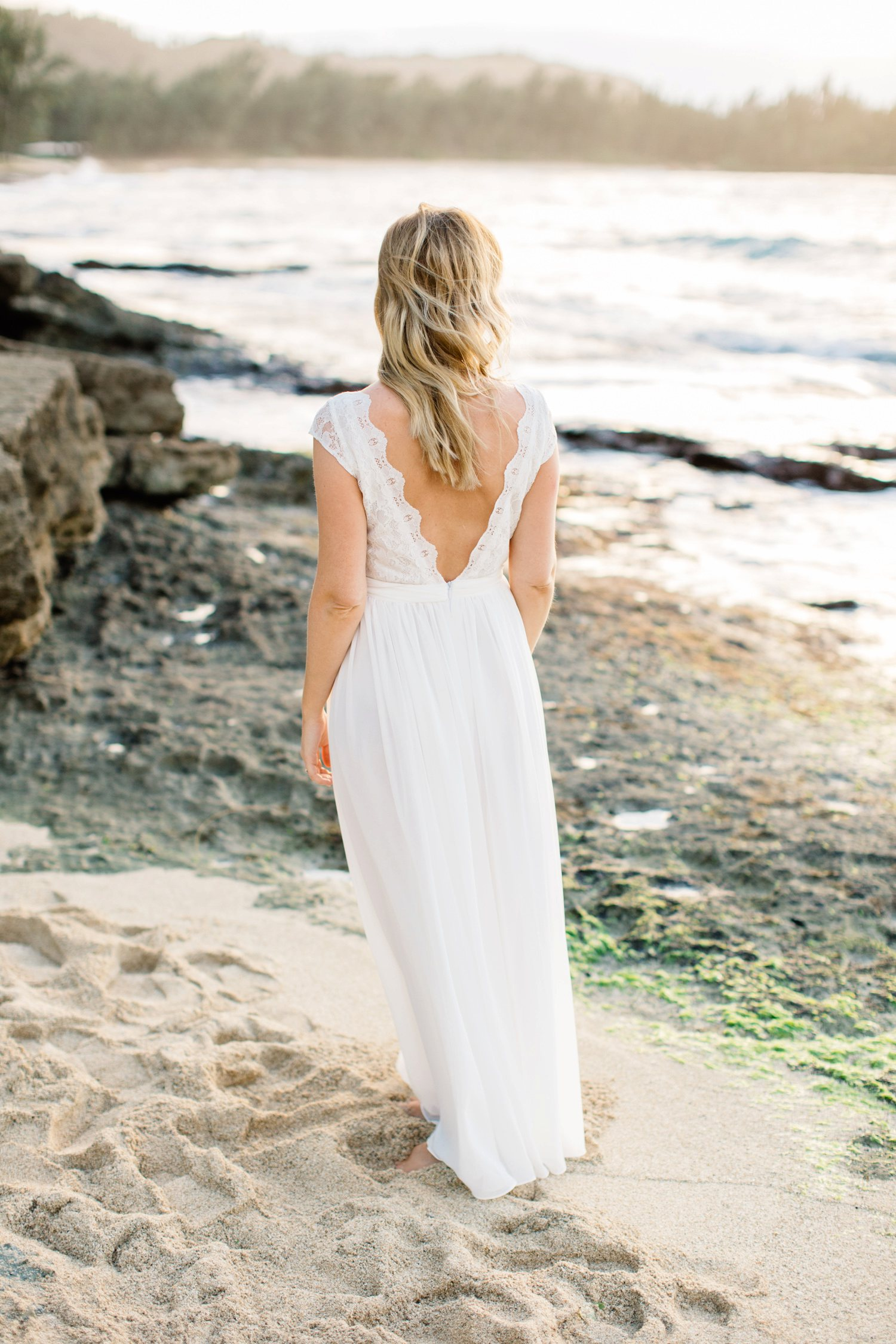 annika-pele-hawaii-elopement-022.jpg