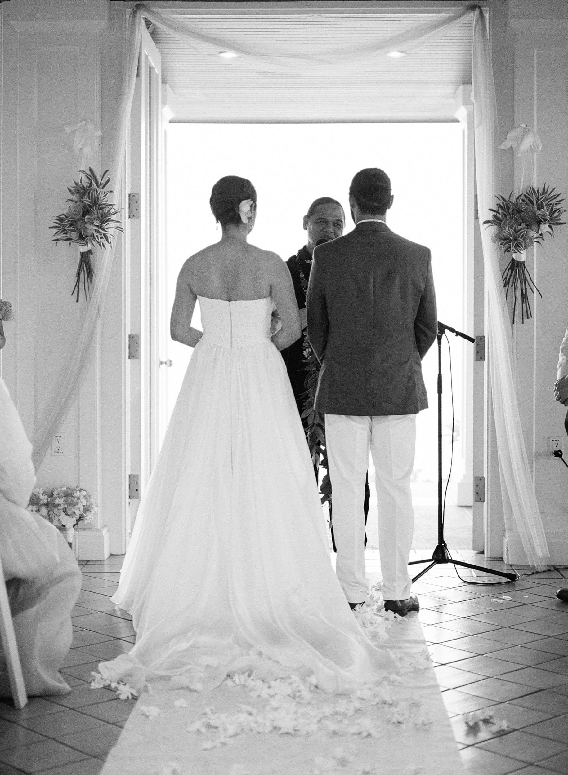 turtle-bay-wedding-oahu-022.jpg