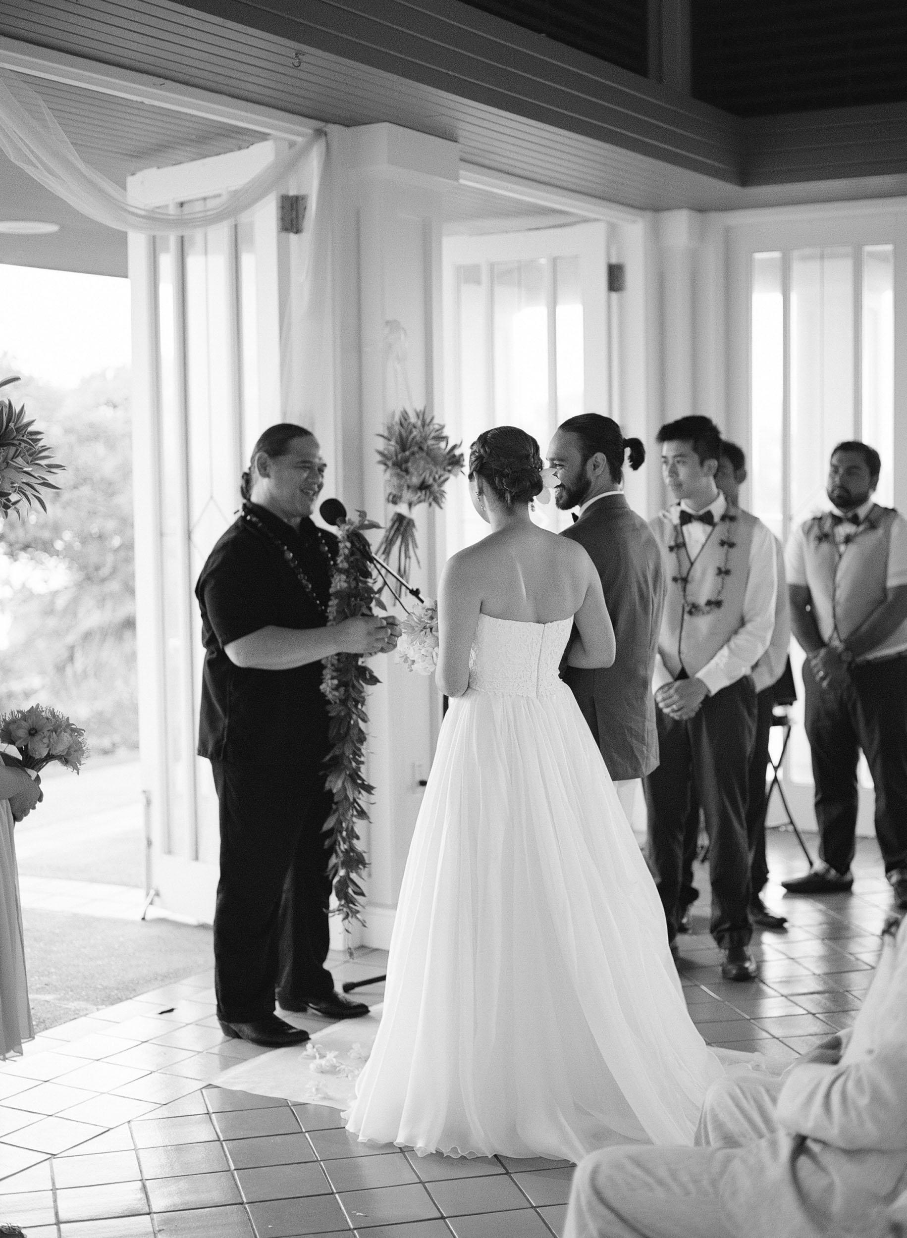 turtle-bay-wedding-oahu-023.jpg