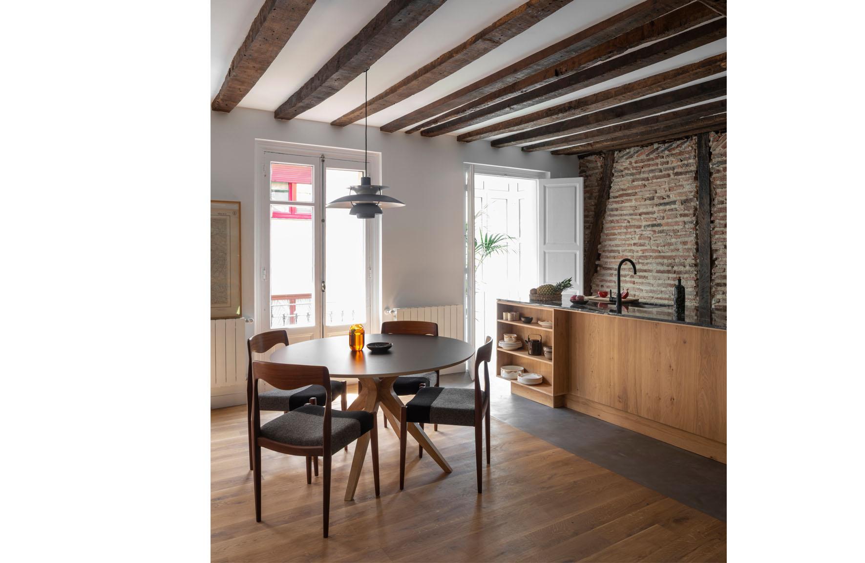 Apartment Esperanza-Bilbao-Image 02.jpg
