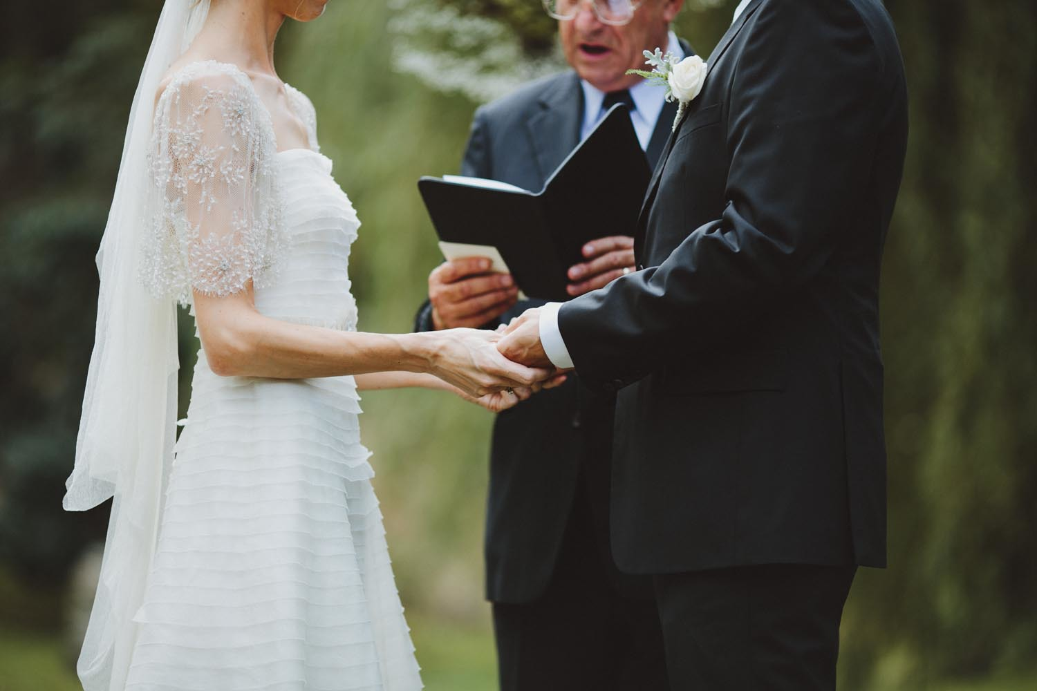justin_aaron_queenstown_thelby_domain_new_zealand_wedding_sally_lachlan-69.jpg